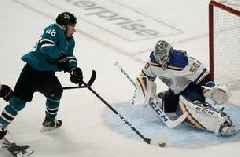Blues head back to San Jose looking to hold off a desperate Sharks team Sunday