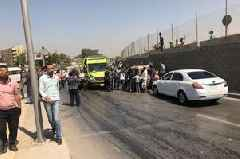 Egypt bus explosion near pyramids leaves 17 injured