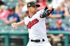 Shane Bieber strikes out 15 in complete game shutout