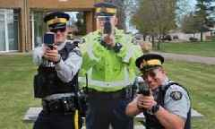 "Canadian Police to Use ""Scarecrow"" Cops to Catch Speedsters"