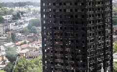 'This building is covered in dangerous cladding': Grenfell survivors project fire safety warnings onto tower ...