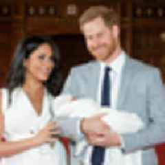 Why have Harry and Meghan hired a social media expert?