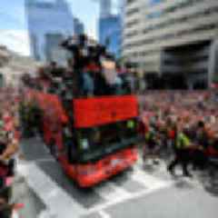 Basketball: Millions of fans pack streets for NBA champions Toronto Raptors' parade