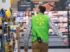 There's a way Walmart could beat Amazon when it comes to speedy delivery, and new data shows it's going all in