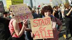 Berlin backs five-year rent freeze amid housing pressure