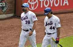 Mets fine Callaway, Vargas after run-in with reporter