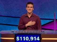 He smashed 'Jeopardy!' records on the way to winning $2.5 million. Here's how champion James Holzhauer sets himself apart with his approach to risk.