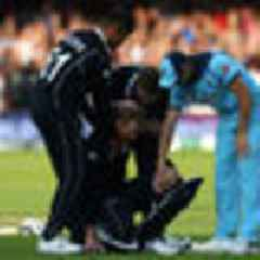 Cricket World Cup final: Former top umpire Simon Taufel says England should have been awarded five runs, not six, in crucial moment
