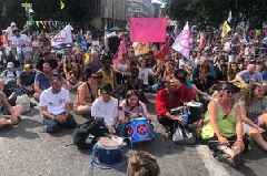 Extinction Rebellion protest: What happened on day one as pink boat blocked Bristol Bridge