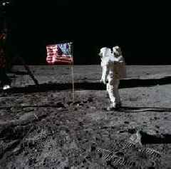 Nasa tapes of moon landing expected to sell for $1 million