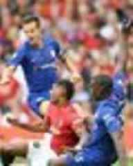 Everton fans share Kurt Zouma transfer theory after major Chelsea gaffe in Man Utd loss