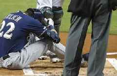 Brewers' Yelich to miss remainder of season after fracturing knee cap