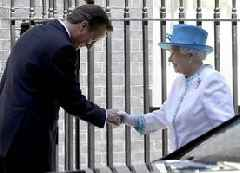David Cameron suggests he persuaded the Queen to warn against Scottish independence