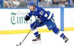 Lightning re-sign forward Brayden Point to 3-year contract
