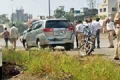 Navi Mumbai: MNS chief Raj Thackeray's wife Sharmila in minor car accident