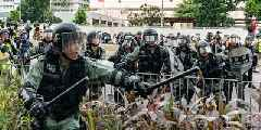 Apple has approved an app which lets Hong Kong protesters track the police after initially rejecting it (AAPL)