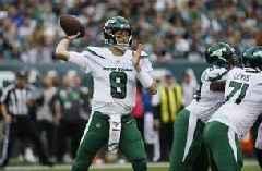 Jets waive QB Falk to make room for LB Copeland