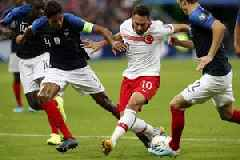 Qualification on hold for France and Turkey after Paris stalemate