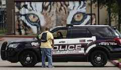 Hundreds of police officers have been labeled liars. Some still help send people to prison.