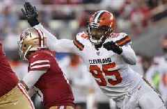 Browns' Garrett said he was punched by 'fan' wanting picture