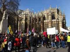 Extinction Rebellion protester climbs London's Big Ben clock tower