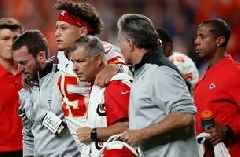 Cris Carter believes Patrick Mahomes will learn to adjust his game after his knee injury in Broncos game