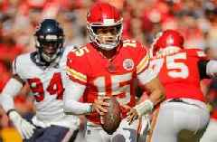 Orlando Scandrick compares Patrick Mahomes to a created player on Madden