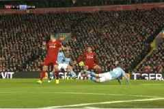 Gary Neville backs Sergio Aguero over VAR controversy in Liverpool vs Man City