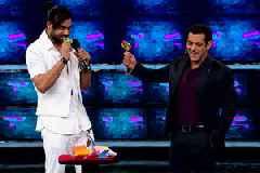 Bigg Boss November 11 Update: Riteish Deshmukh, Sidharth Malhotra add drama to Weekend Ka Vaar