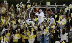 In Thailand, Pope condemns exploitation of women, children for sex
