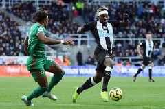 Newcastle United star launches furious rant ahead of Aston Villa clash
