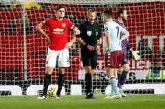 'Tarnished' - Pundit launches rant after this moment in Aston Villa's draw with Man United