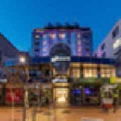 Hotel review: Oaks Wellington Hotel