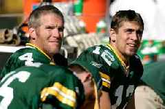 Aaron Rodgers and Brett Favre discuss strategy for Packers to beat 49ers