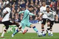 Valencia beats Barcelona 2-0 for 1st loss under Setién