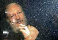 Trump offered to pardon Assange if he covered up Russian interference in US election, court told