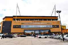 Wolves vs Norwich City LIVE - Team news and updates from Premier League clash