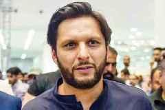 COVID-19: Yuvraj Singh hits back after being trolled for praising Shahid Afridi