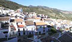 Spanish Town Has Zero Cases of COVID-19 After Cutting Itself Off from the Outside World