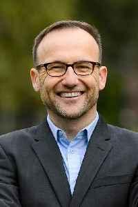 Adam Bandt: Australian politician