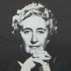 Agatha Christie: 20th-century English mystery and detective writer
