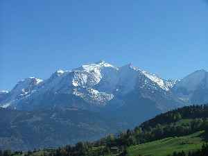 Alps: Major mountain range system in Central Europe