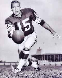 Bart Starr: American football quarterback, coach, and executive