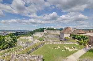 Besançon: Prefecture and commune in Bourgogne-Franche-Comté, France