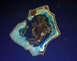 Bora Bora: Island in French Polynesia