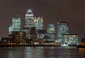 Canary Wharf: Major business district located in Tower Hamlets, London, England