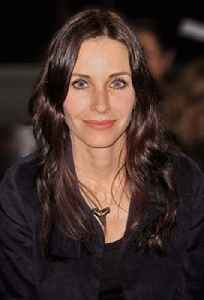 Courteney Cox: Television and film actress from the United States