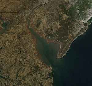 Delaware Bay: The estuary outlet of the Delaware River on the Northeast seaboard of the United States