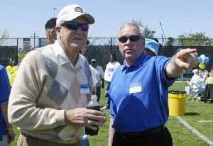 Dick Tomey: American football player and coach