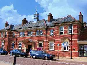 Eastleigh: Main town in the Borough of Eastleigh, Hampshire, England